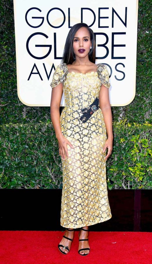 Kerry Washington in Dolce & Gabbana at the 2017 Golden Globes