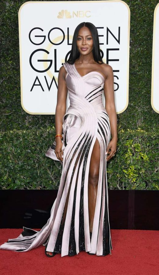 Naomi Campbell in Atelier Versace at the 2017 Golden Globes